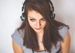 Jak wybrać dobre słuchawki? Poznaj ich rodzaje