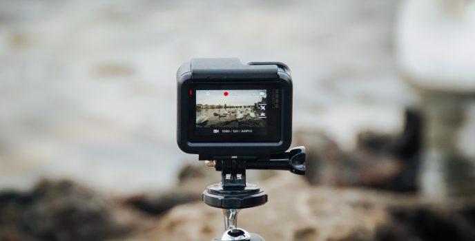 Jakie są przydatne akcesoria do kamerki GoPro?