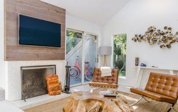 Jak wpasować duży telewizor do salonu?
